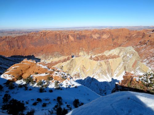 upheval-dome-meteor-crater